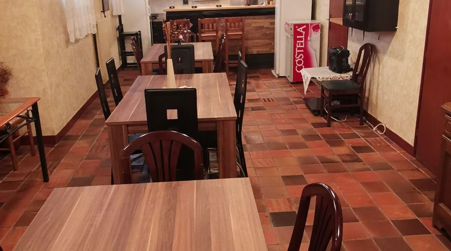 Selling restaurant/hostel with lots of living space and work area