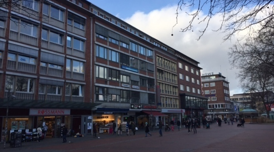 Office and commercial building in top location in Kiel city center