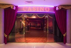 Casinos, studios, apartments