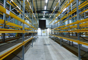 Warehouse with an additional office space for sale in Hannover