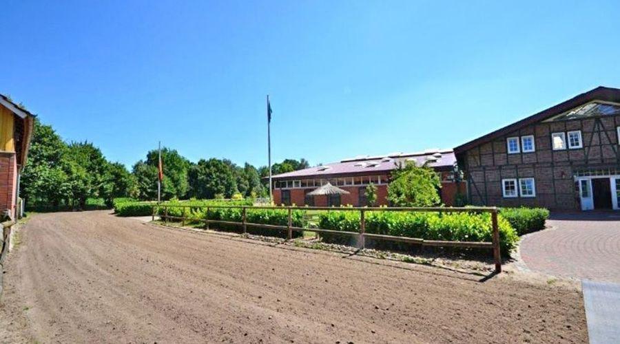 Riding facility, stud near Bremen, Verden for sale