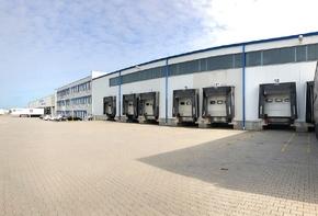Logistics Center near the A4 Motorway