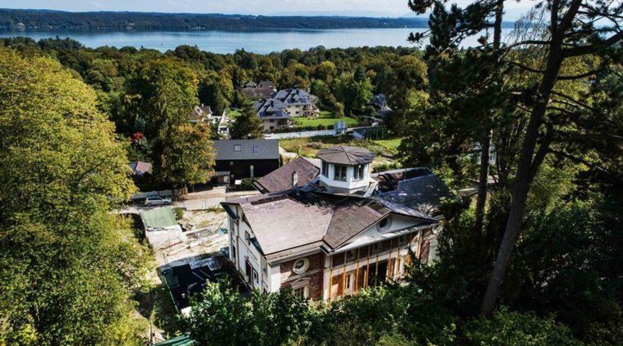 Unique property in a stately villa location