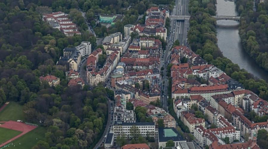Bogenhausen's best land for sale