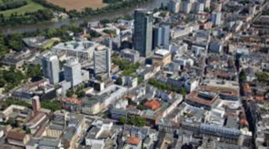 Commercial property in Offenbach am Main for sale