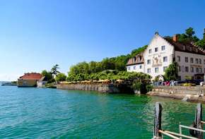 Hotel on Lake Constance with direct access to the lake