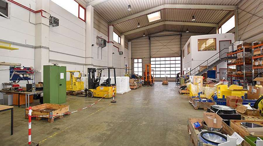 Very well-kept industrial property