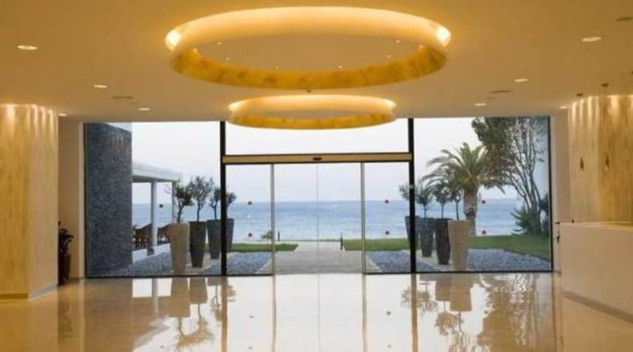 4*Star Hotel with 350 meters of beach