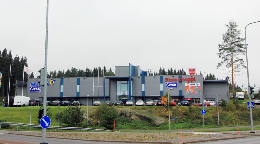 Shopping  center with good tenants