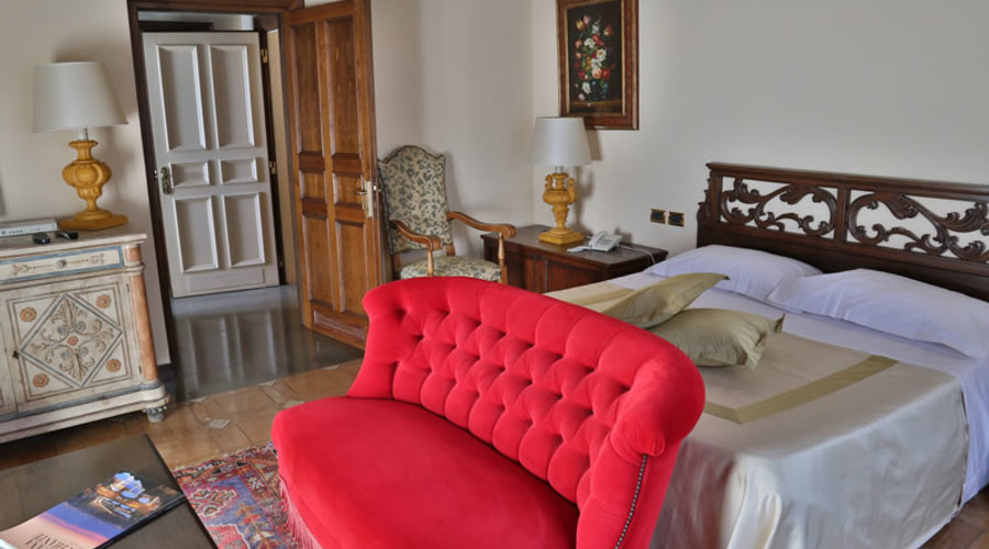 Boutique luxury hotel for sale in Tuscany, Italy