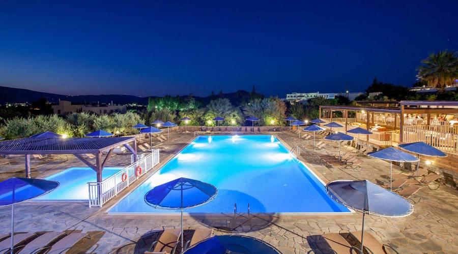 4* Luxury Resort with Private Beach in Crete