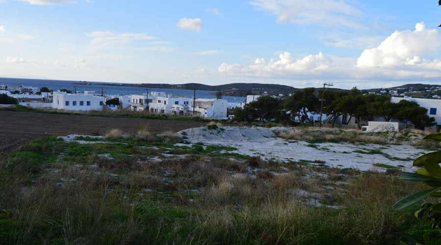 Once-in-a-lifetime commercial opportunity, in the heart of Paros
