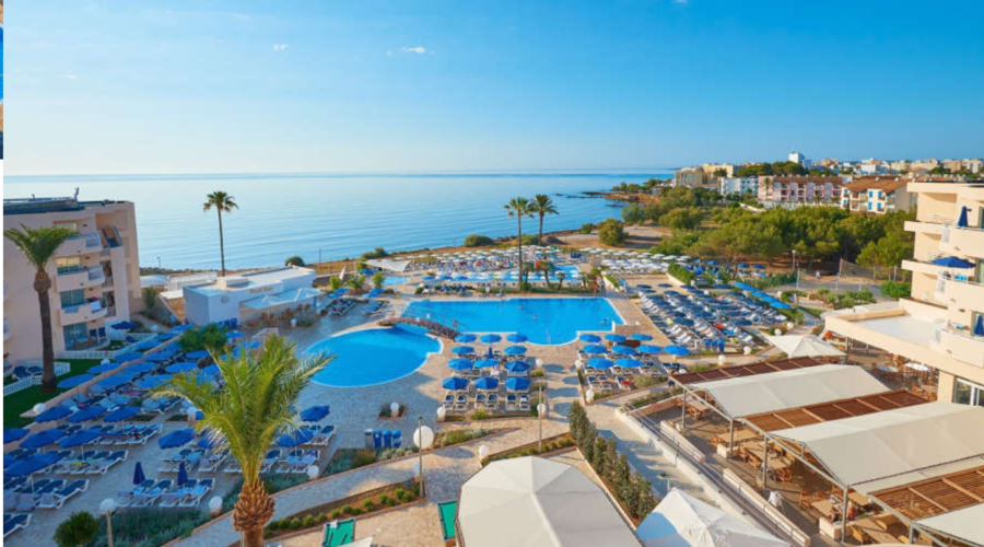 Beachfront Apart Hotel in Mallorca