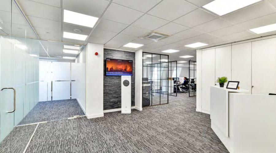 Multi-let office building