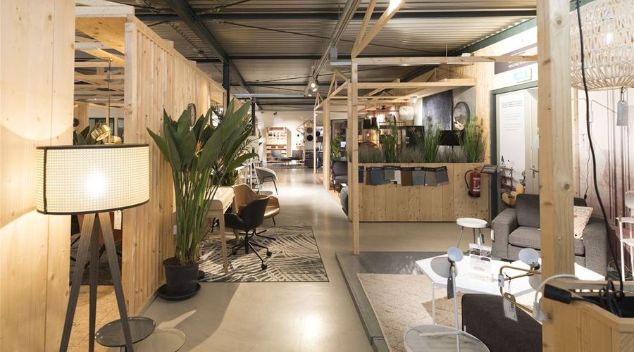 Multifunctional Business Space