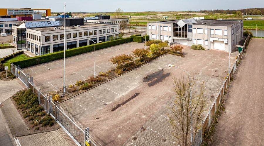 Office building with warehouse for sale in Rotterdam