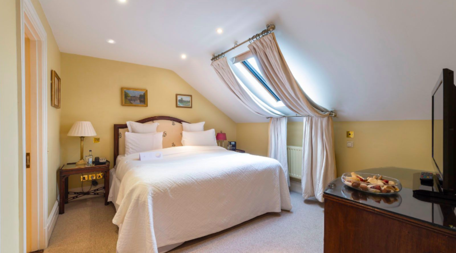 Hotel investment in Kensington, London