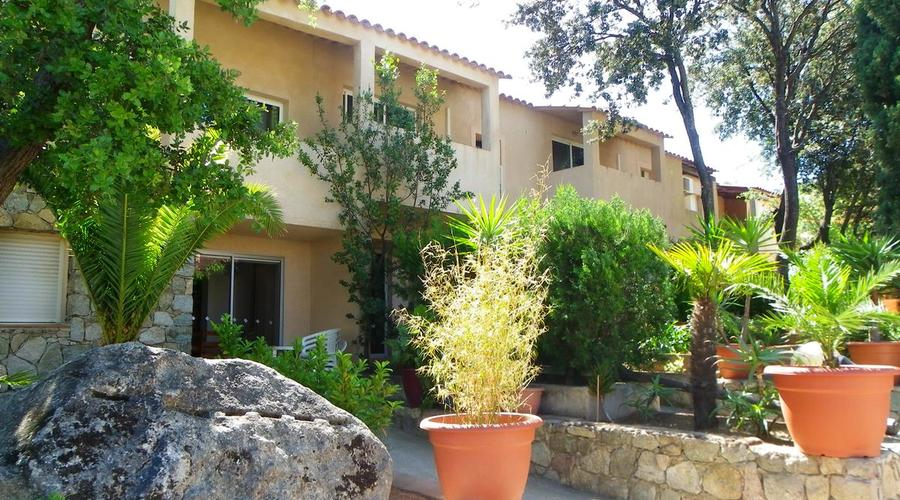 VACATION CENTER IN BALAGNE ( Corsica)
