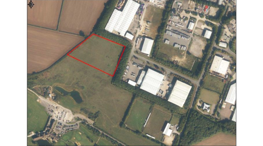 Development land in Curbridge, Witney, UK